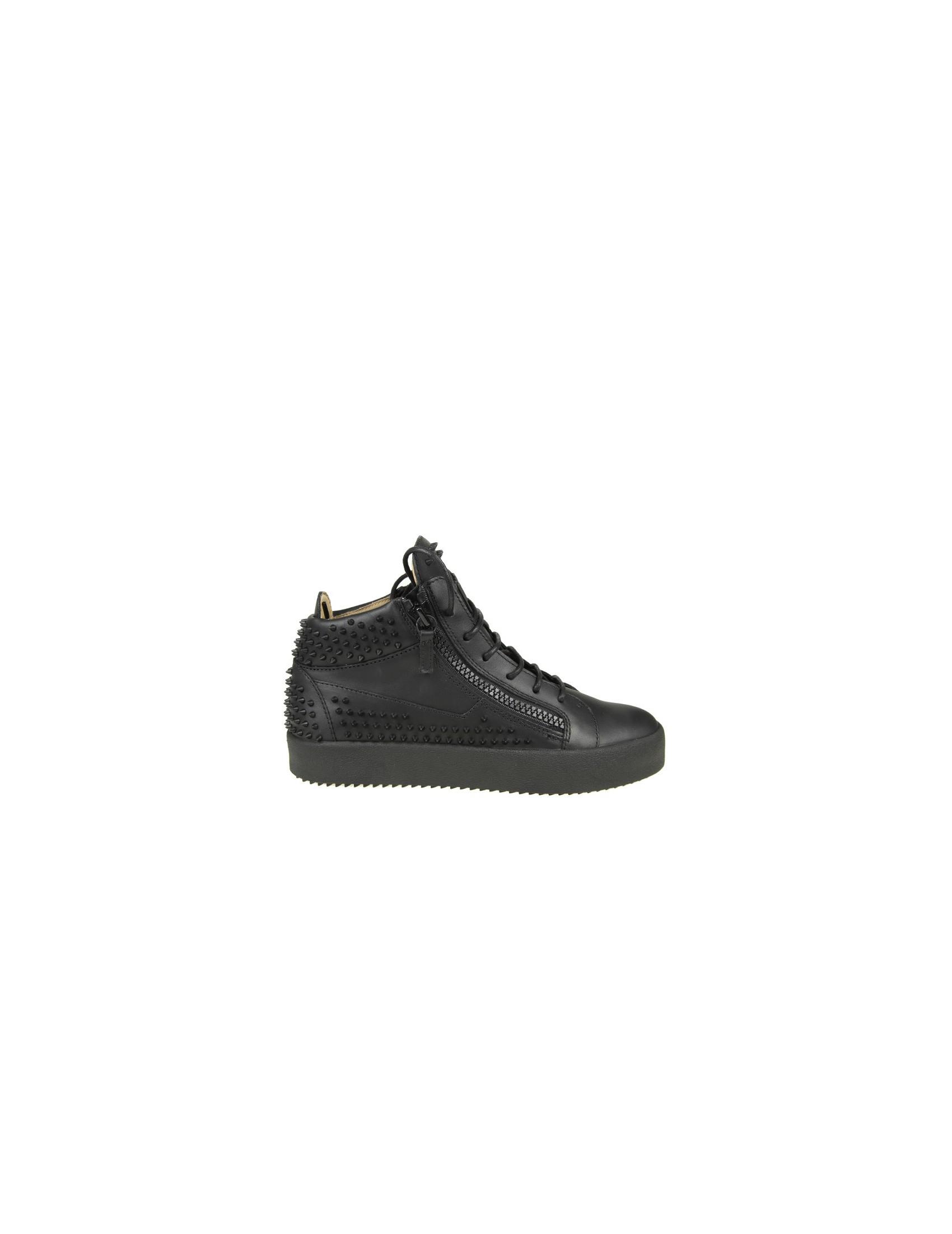 Chaussures De Sport De Conception Zanotti Peut Londres Giuseppe Dans La Peau Avec Des Clous Noirs hFLar
