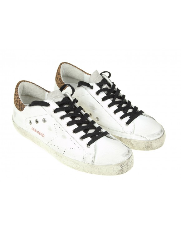 GOLDEN GOOSE SNEAKERS SUPERSTAR IN PELLE CON STELLA TRAFORATA