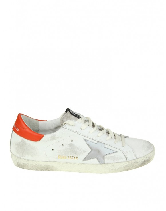 GOLDEN GOOSE SNEAKERS SUPERSTAR IN PELLE COLORE BIANCO CON STELLA ARGENTATA