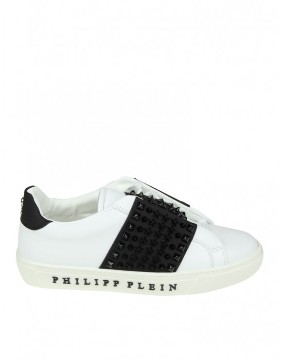 "PHILIPP PLEIN SLIP ON ""FIGHT"" IN PELLE BIANCA CON BORCHIE NERE"