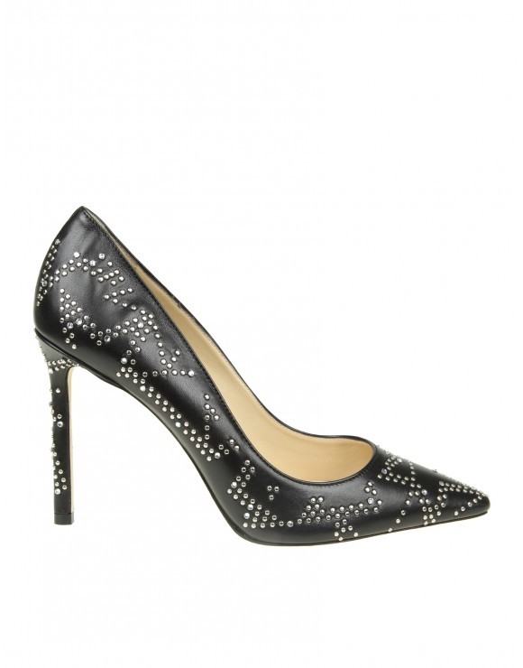 "JIMMY CHOO DECOLLETE ""ROMY 100"" IN PELLE NERA CON BORCHIE"